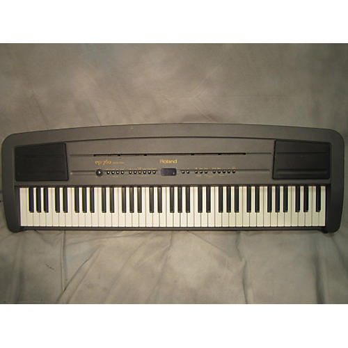 Roland EP-760 Digital Piano