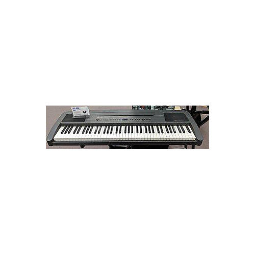 Roland EP-760 Portable Keyboard