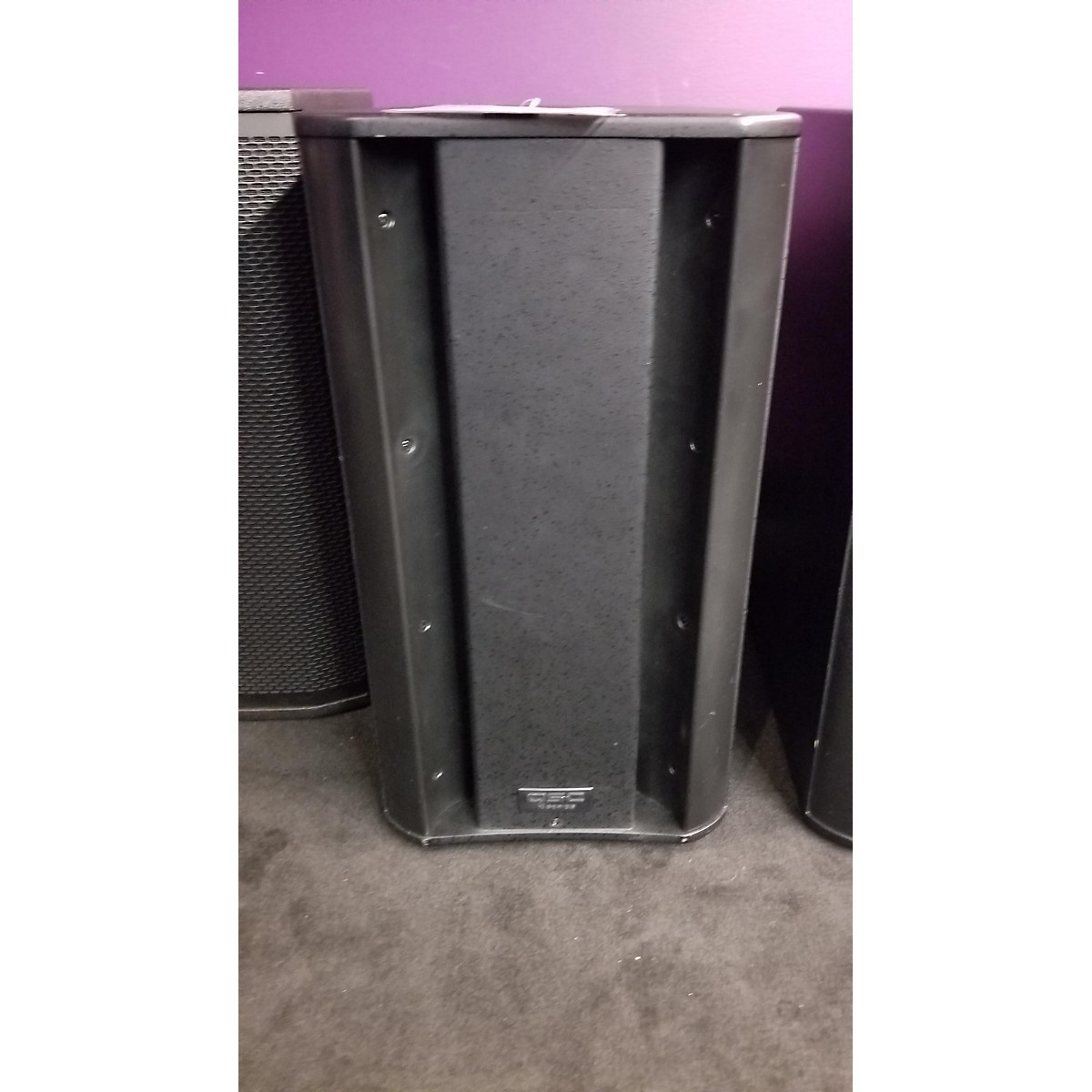 Electro-Voice ETX15P Powered Speaker