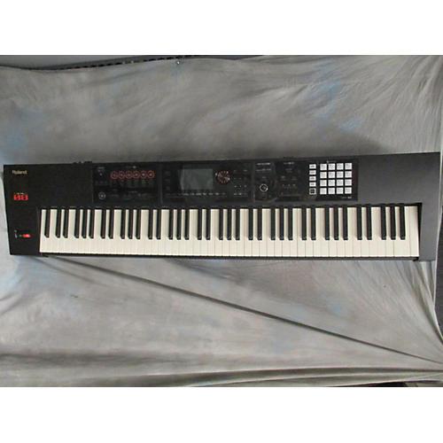used roland fa 08 88 key keyboard workstation guitar center. Black Bedroom Furniture Sets. Home Design Ideas