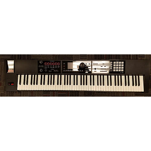 Roland FA-08 Keyboard Workstation