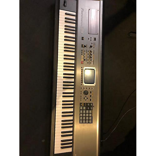 Roland Fantom S88 Keyboard Workstation