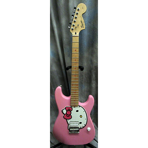 used squier hello kitty stratocaster single hum pink with kitty pickgaurd solid body electric. Black Bedroom Furniture Sets. Home Design Ideas