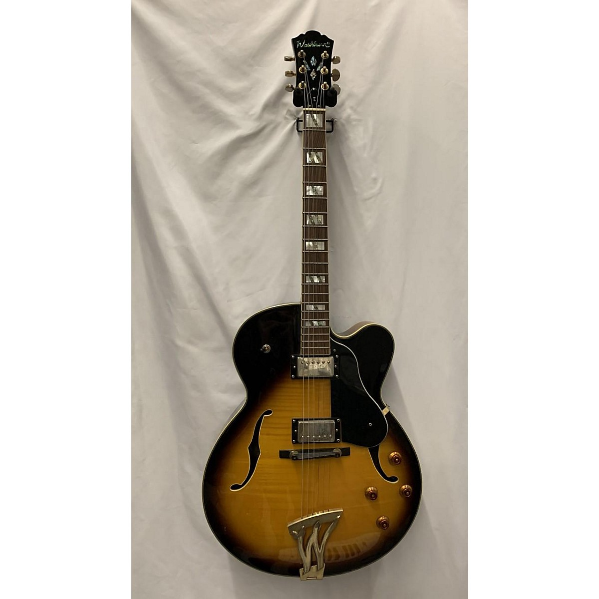 Washburn J5 Jazz Venetian Hollow Body Electric Guitar