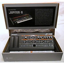 Roland JP-08 Synthesizer