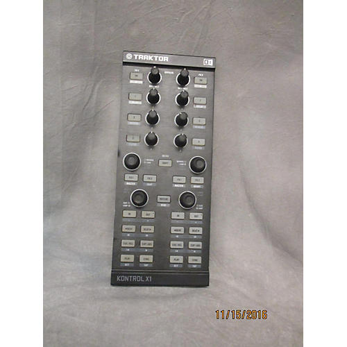 Native Instruments KONTROL X1 MIDI Controller