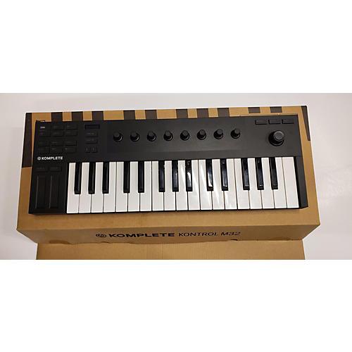 used native instruments komplete kontrol m32 midi controller guitar center. Black Bedroom Furniture Sets. Home Design Ideas