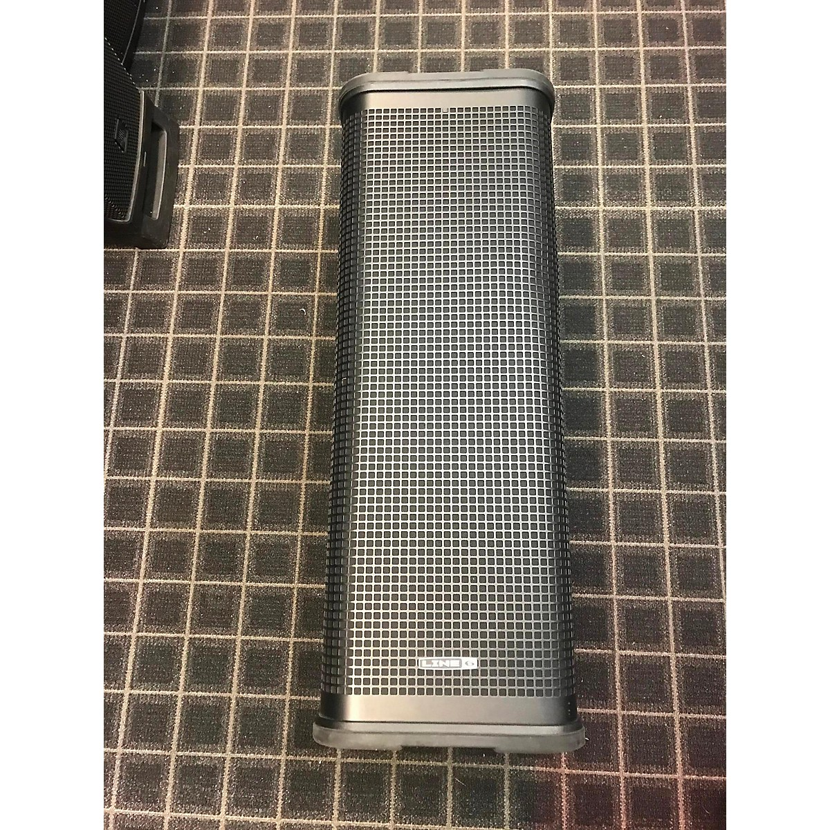 Line 6 L3T Powered Speaker