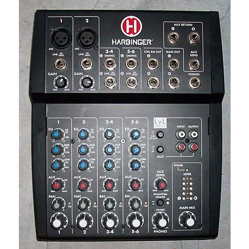 Harbinger L802 Powered Mixer