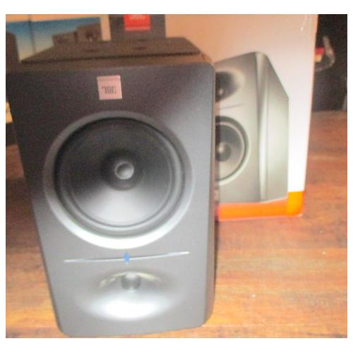 JBL LSR2325P Black Powered Monitor