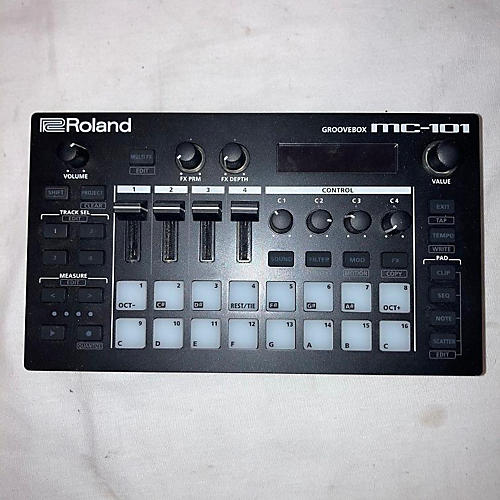Roland MC-101 Groovebox Production Controller
