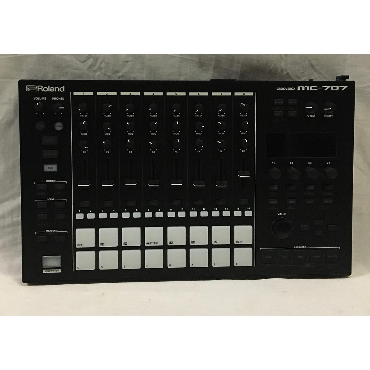 Roland MC-707 Groovebox Production Controller