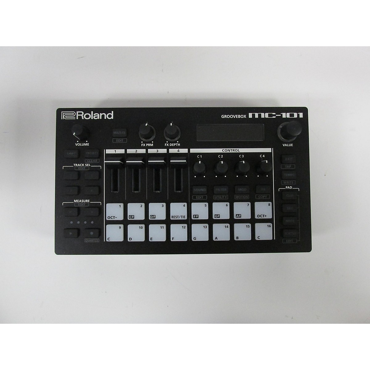 Roland MC101 GROOVEBOX Production Controller