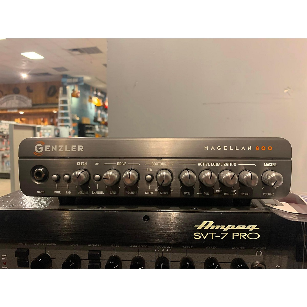Genzler Amplification MG-800 Magnellan 800 Bass Amp Head