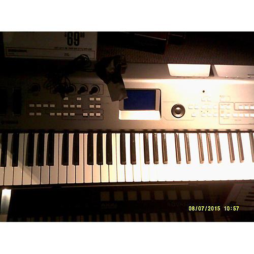 Yamaha MM6 61 Key Gray Keyboard Workstation