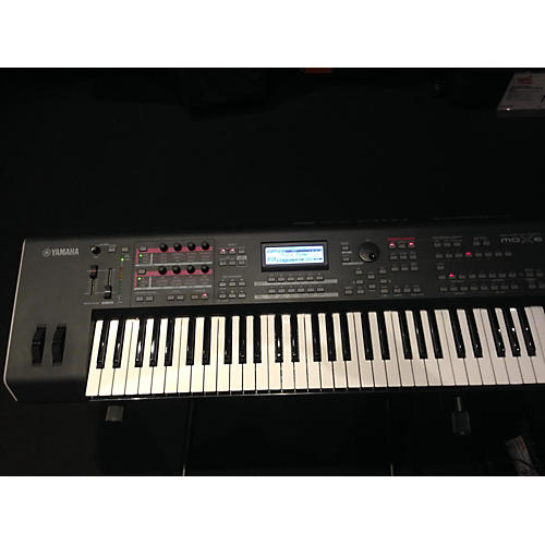 used yamaha mox6 61 key keyboard workstation guitar center. Black Bedroom Furniture Sets. Home Design Ideas