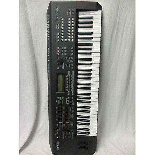 Yamaha MOXF6 61 Key Keyboard Workstation
