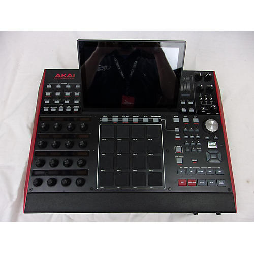 used akai professional mpcx production controller guitar center. Black Bedroom Furniture Sets. Home Design Ideas