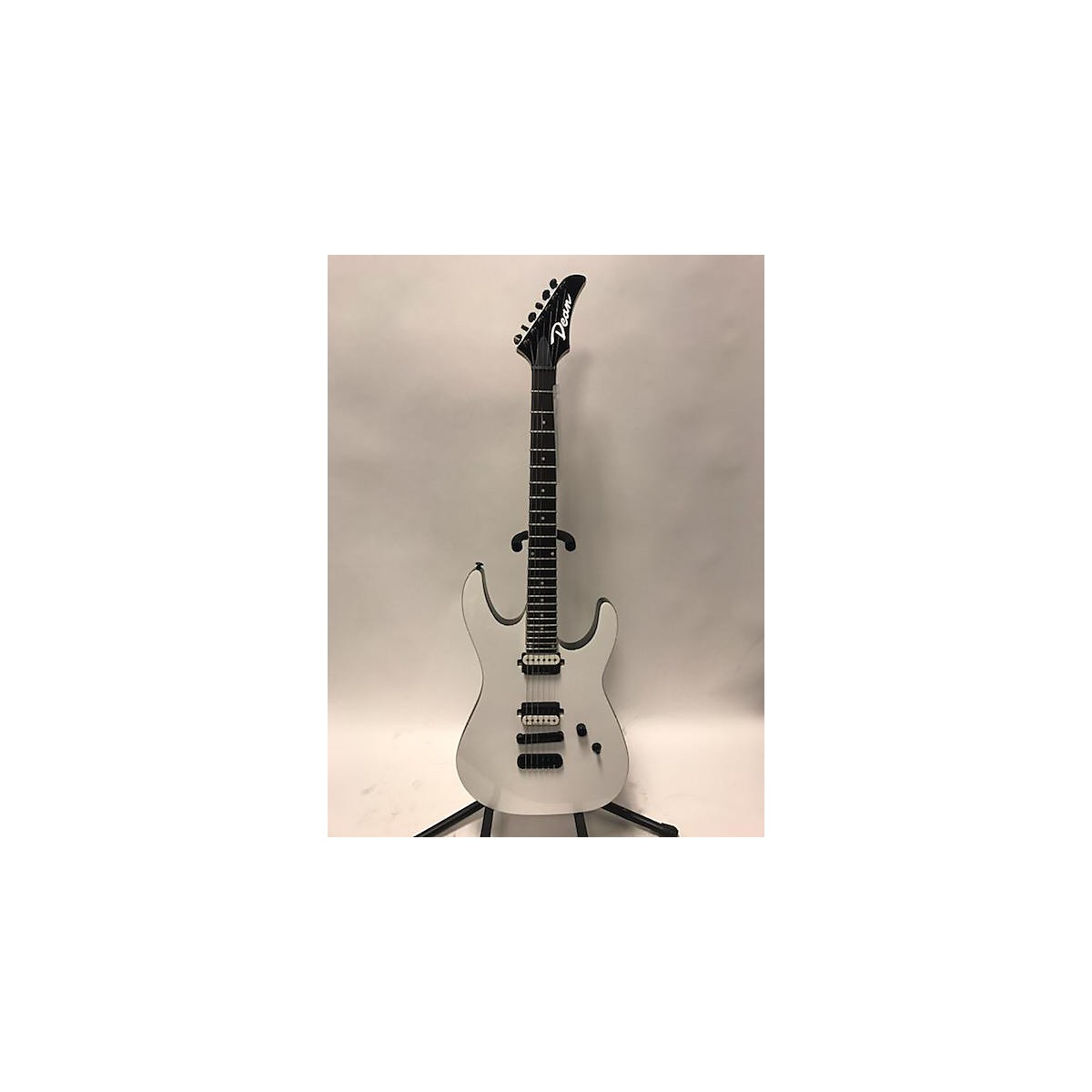 Dean Md24 Solid Body Electric Guitar