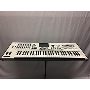 Motif XF6 61 Key Limited Edition White Keyboard Workstation