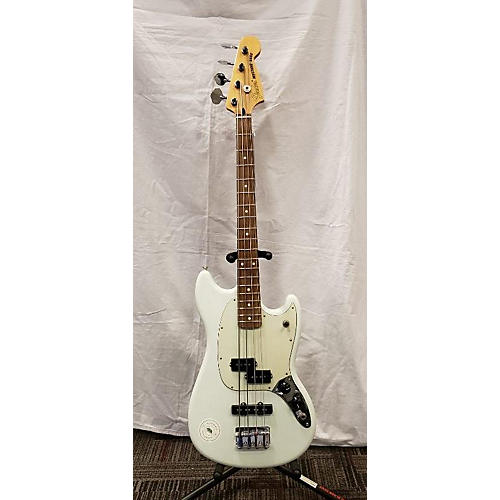 used fender mustang bass electric bass guitar white guitar center. Black Bedroom Furniture Sets. Home Design Ideas
