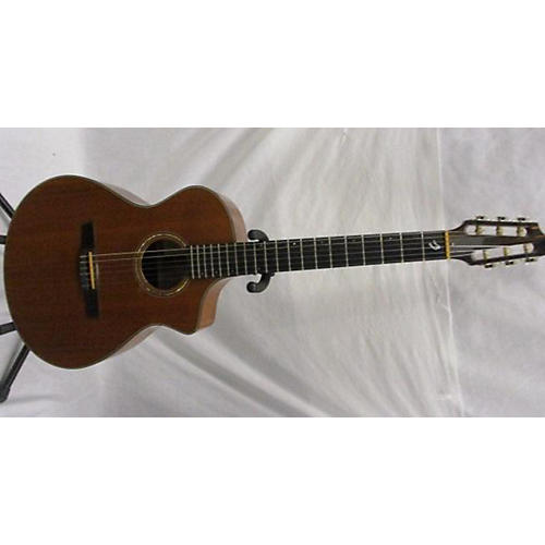Breedlove N25/R Classical Acoustic Electric Guitar