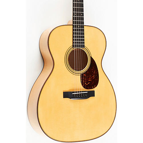 Martin OM-28 Limited-Edition Soft Red Curly Maple Grand Auditorium Acoustic Guitar