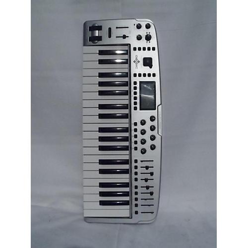 M-Audio OZONIC MIDI Controller