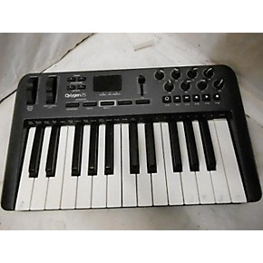used m audio oxygen 25 key midi controller guitar center. Black Bedroom Furniture Sets. Home Design Ideas