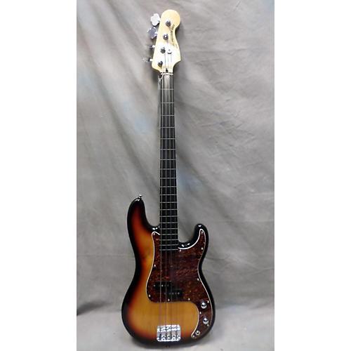 Squier P Bass Fretless Electric Bass Guitar