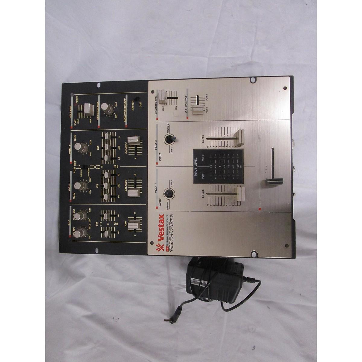 Vestax PMC-07 Pro DJ Mixer