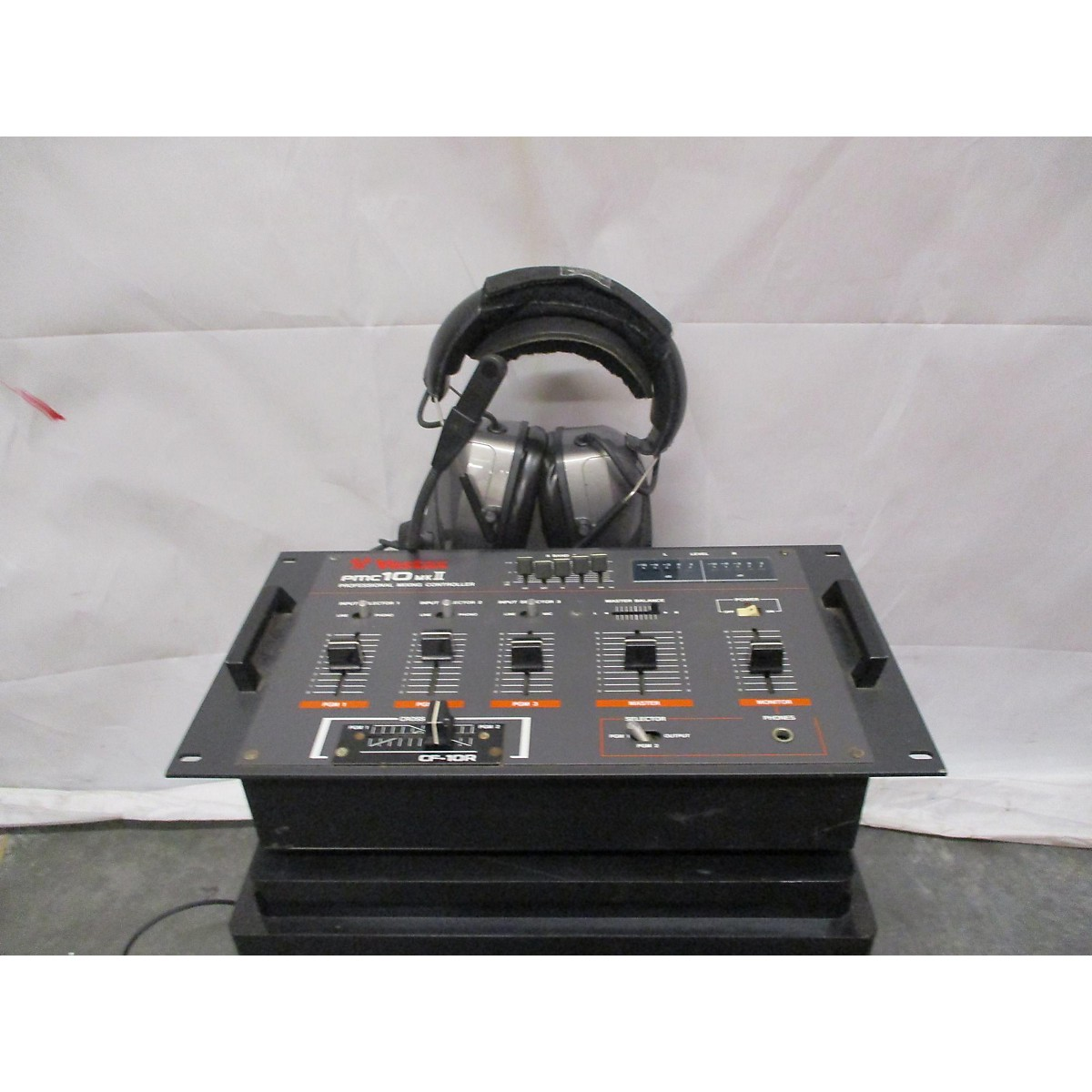 Vestax PMC10 MKII Professional Mixing Controller Powered Mixer