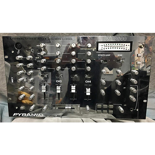 Pyramid PMR9600 Powered Mixer