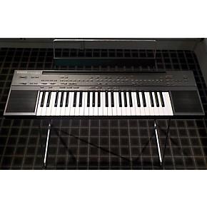 used psr 60 61 keyboard portable keyboard guitar center. Black Bedroom Furniture Sets. Home Design Ideas