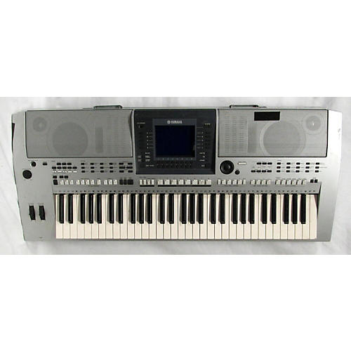 Yamaha PSRS700 Arranger Keyboard