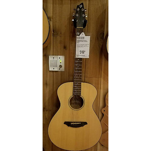 Breedlove Passport C200/sMP Acoustic Guitar