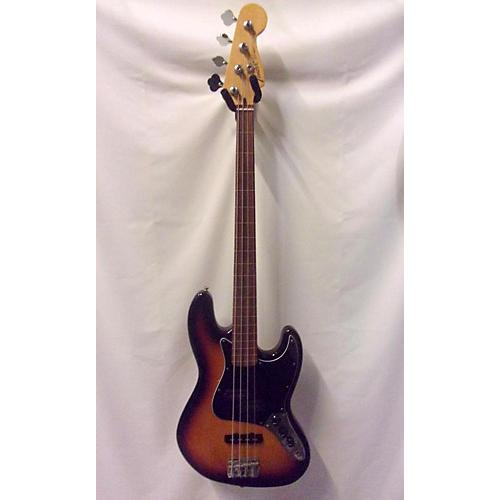 used fender player fretless 4 string electric bass guitar 3 tone sunburst guitar center. Black Bedroom Furniture Sets. Home Design Ideas