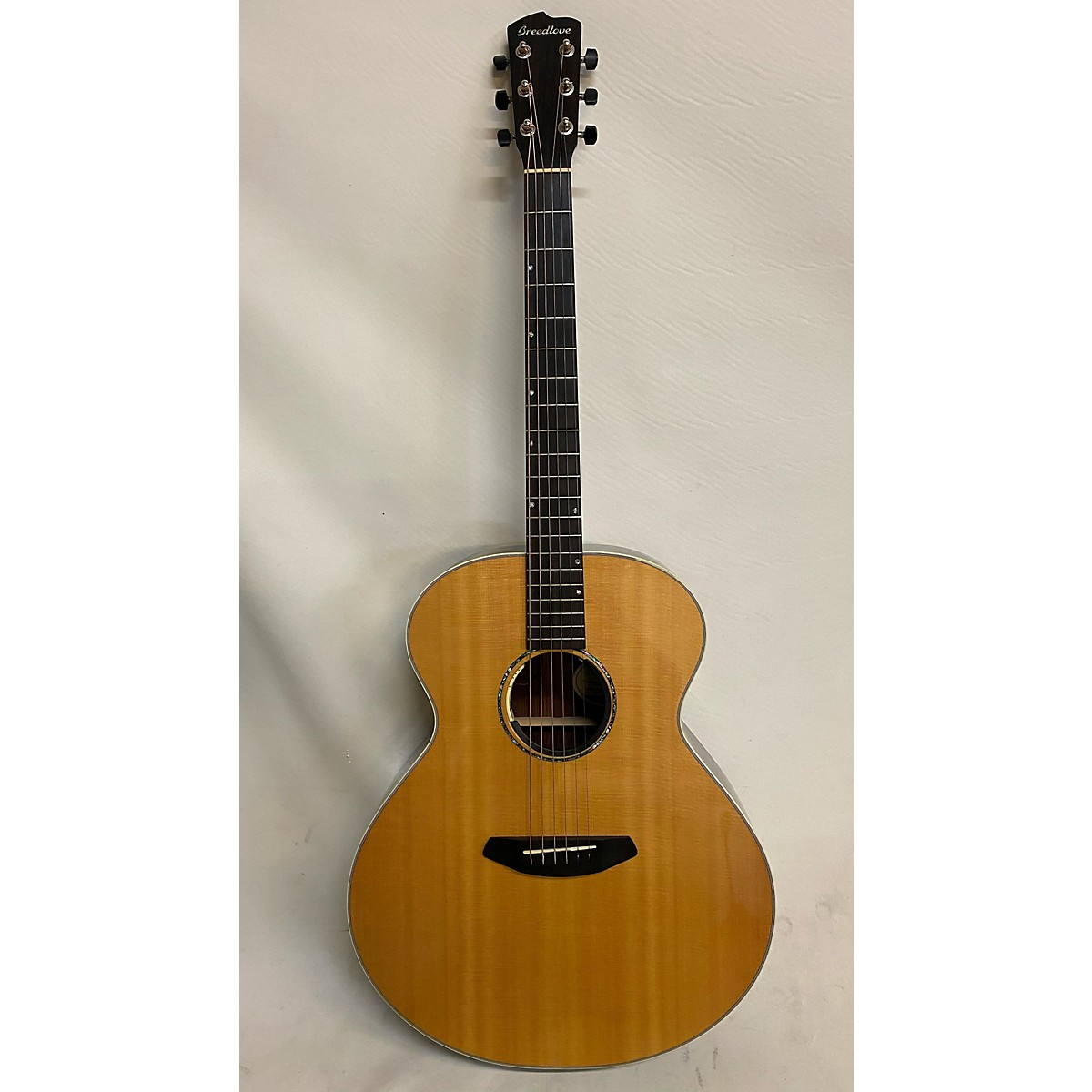 Breedlove Premier Jumbo Acoustic Electric Guitar