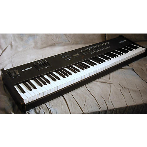 Alesis QS-8 Synthesizer