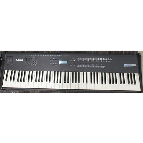 Alesis QS8 Portable Keyboard
