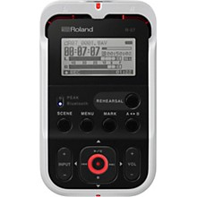 Roland R-07 High-Resolution Audio Recorder in White