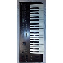 Korg R3 Synthesizer