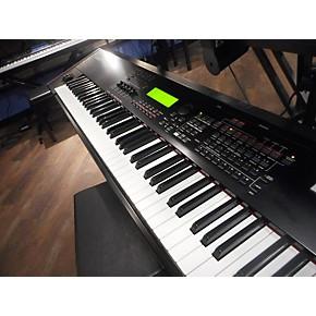 S90 ES Keyboard Workstation