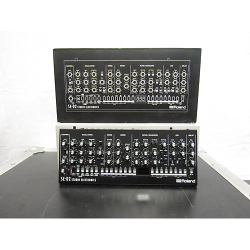 Roland SE-02 Synthesizer
