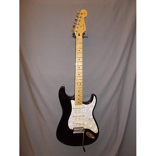 Fender STANDARD STRATOCASTER (MEXICAN) Solid Body Electric Guitar