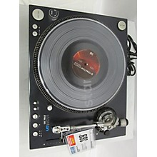 Stanton STR8 150 Turntable