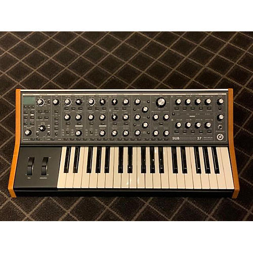 used moog subsequent37 synthesizer guitar center. Black Bedroom Furniture Sets. Home Design Ideas