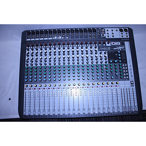 Soundcraft Signature 22 Digital Mixer