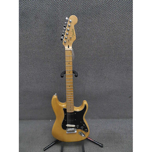 Fender Special Edition Stratocaster Solid Body Electric Guitar