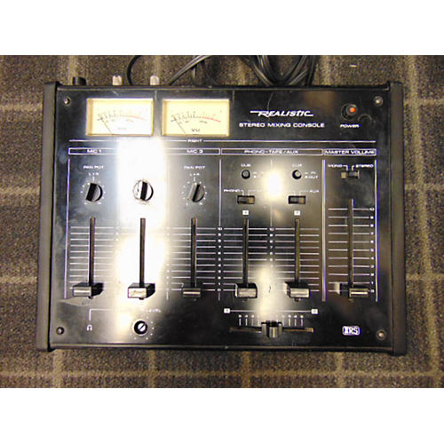 Realistic Stereo Mixing Console Powered Mixer